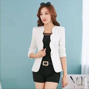 🌻NEW White Scallop One Button Blazer Jacket